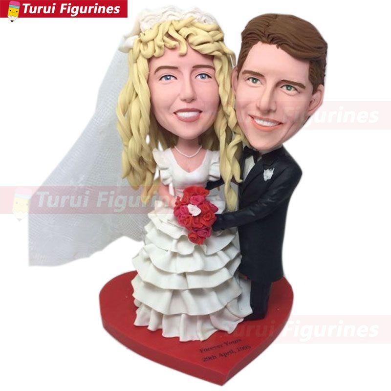Anniversay totalmente design do cliente Bobble cabeça estatuetas de argila com base em fotos dos clientes usando como casamento ou aniversário bolo Topper Gift Décor