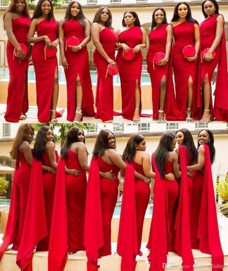 2020 우아한 아랍어 레드 인어 신부 들러리 드레스 1 어깨 측면 쪼개지 마루 길이 긴 웨딩 게스트 드레스 정식 하녀 명예 가운