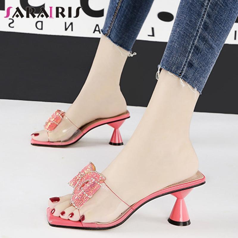 SARAIRIS dulce Ins señoras calientes Zapatillas de vacaciones de verano Slipppers mujeres cuadradas del dedo del pie zapatos del color del caramelo de la mariposa del nudo de la mujer