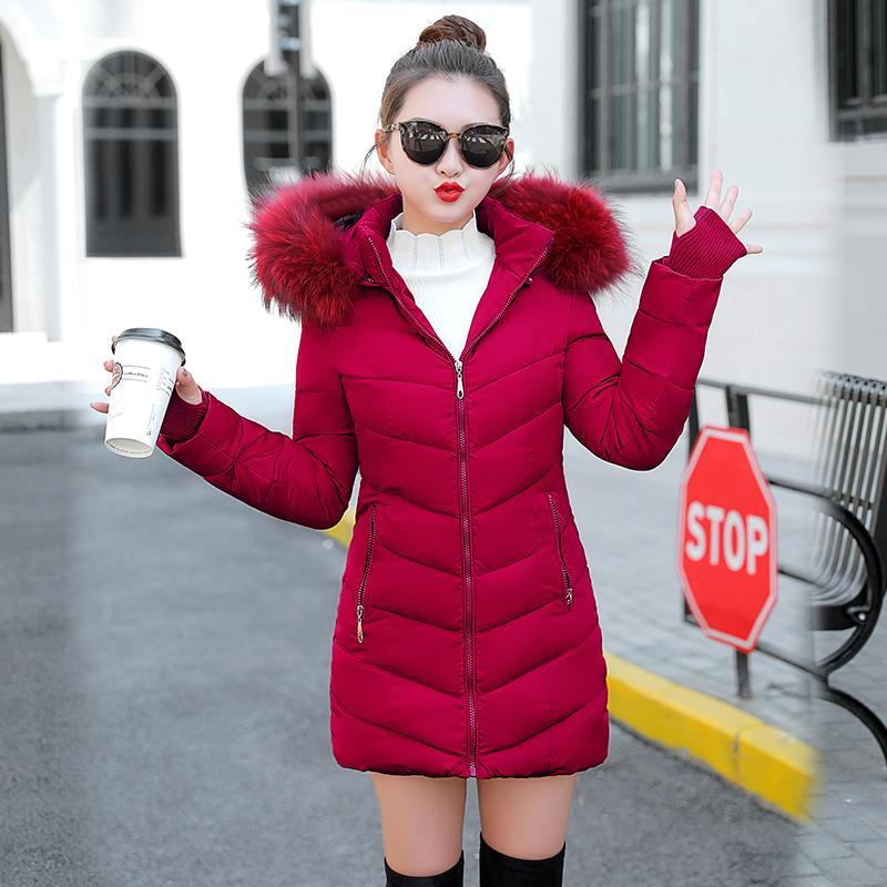2019 Inverno rivestimento delle donne inverno spesso cappotto della signora Abbigliamento Donna Giacche lunghe Parka Falso Fur Collar Parka giù Cotton Jacket T200319