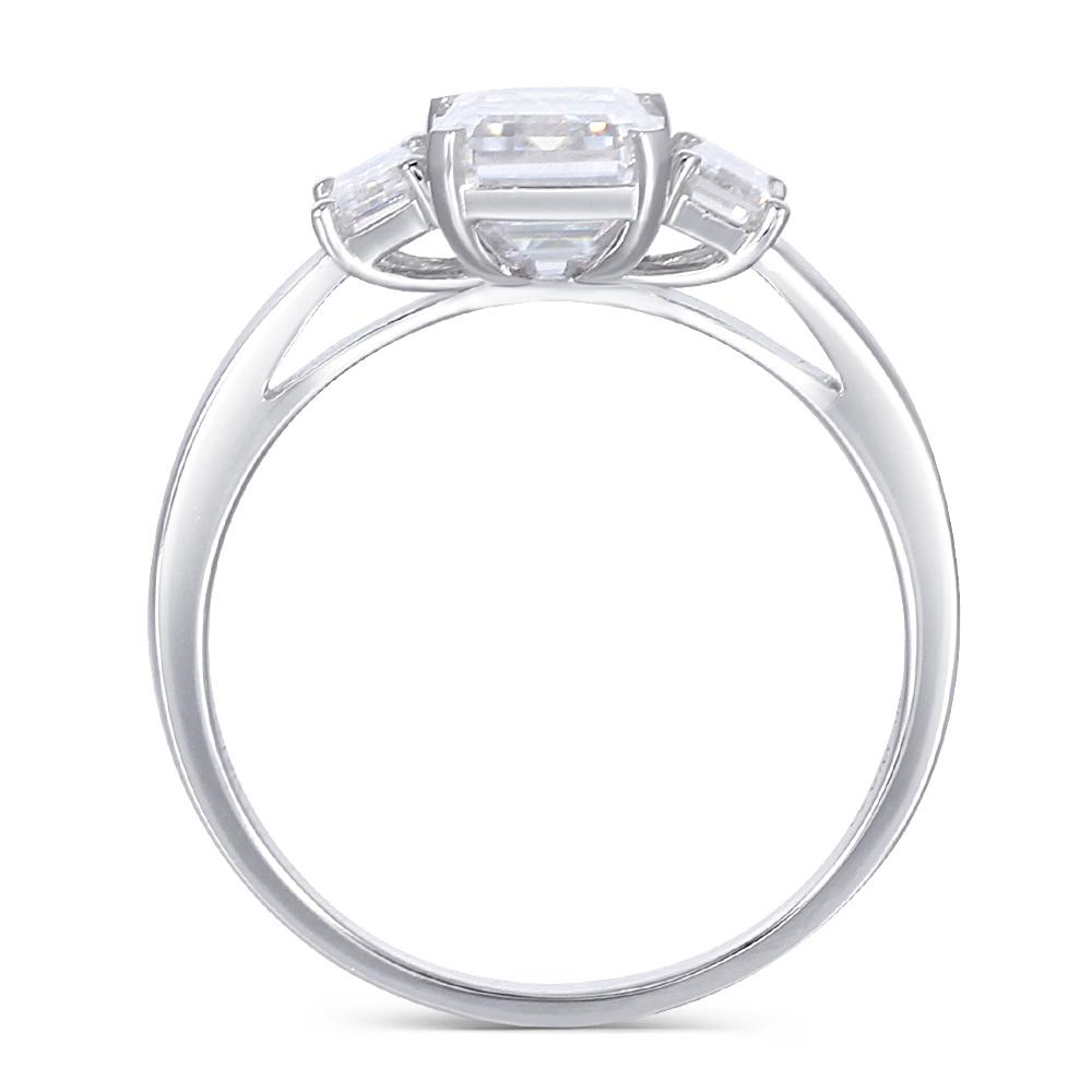 Transgems 18k 585 White Gold Moissanite Engagement Ring Center 6x8mm F Color Moissanite Emerald Cut 3 Stone Engagement Ring Y19032201
