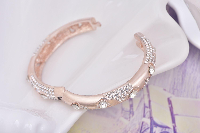 Gros- exagérée Bangle ensemble des gros diamant fabricants bracelet usure queen bracelet rond boutique de mode arc gros