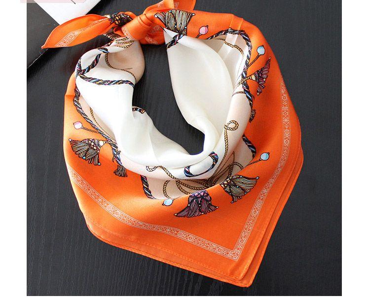 Wholesale Real Silk Scarves 55*55cm Square Scarfs Shawls Wraps Hijabs Fashion POP CHIC Scarf Female Multi Function Mufflers Headband Hairban