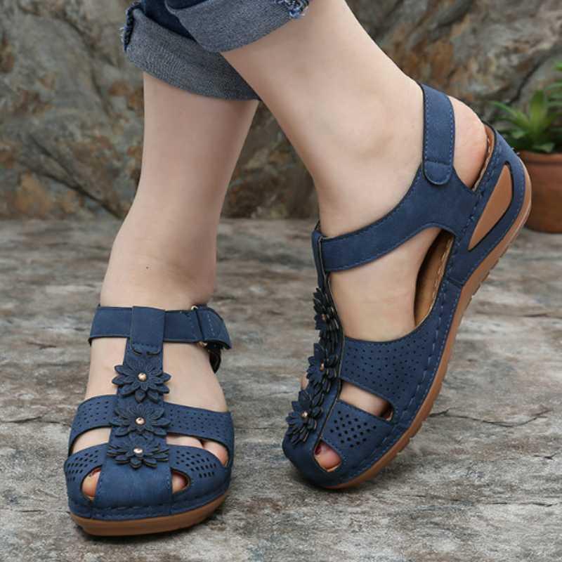 Frauen-Sommer-Gladiator-Sandalen Blumen-Plattform zwängt High Heel Round Toe aushöhlen beiläufige Strand-Damen-Schuhe Zapatos De Mujer
