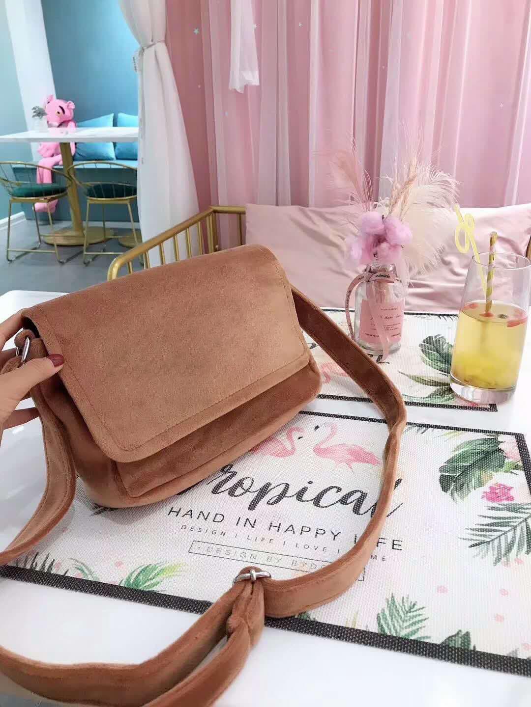 2019 ünlü tasarımcı bayan çanta yeni mektup omuz çantası yüksek kaliteli hakiki deri Messenger çanta eyer çantası # 132