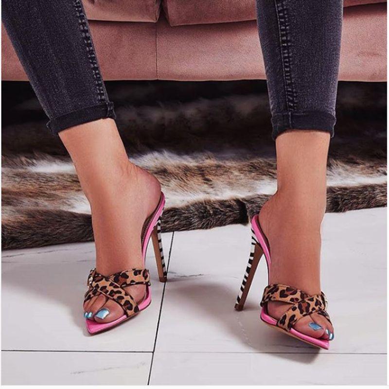 2019 Été Femmes 11.5cm Hauts talons Boucle Leopard Mulets Shales Slides Femme Fétiche Casual Slippers Pointy Mode Rose Chaussures