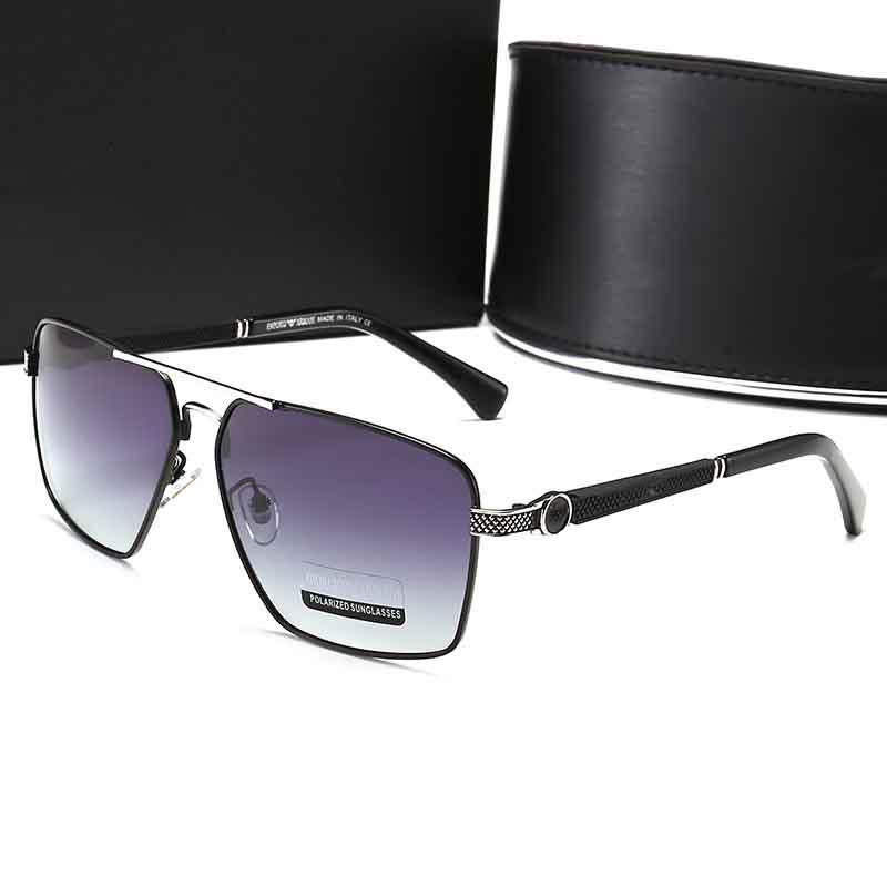 موضة جديدة النظارات الشمسية الكلاسيكية موقف النظارات الشمسية الإطار المعدني خمر أزياء نمط التصميم في الهواء الطلق النموذج الكلاسيكي 6062 مع صندوق