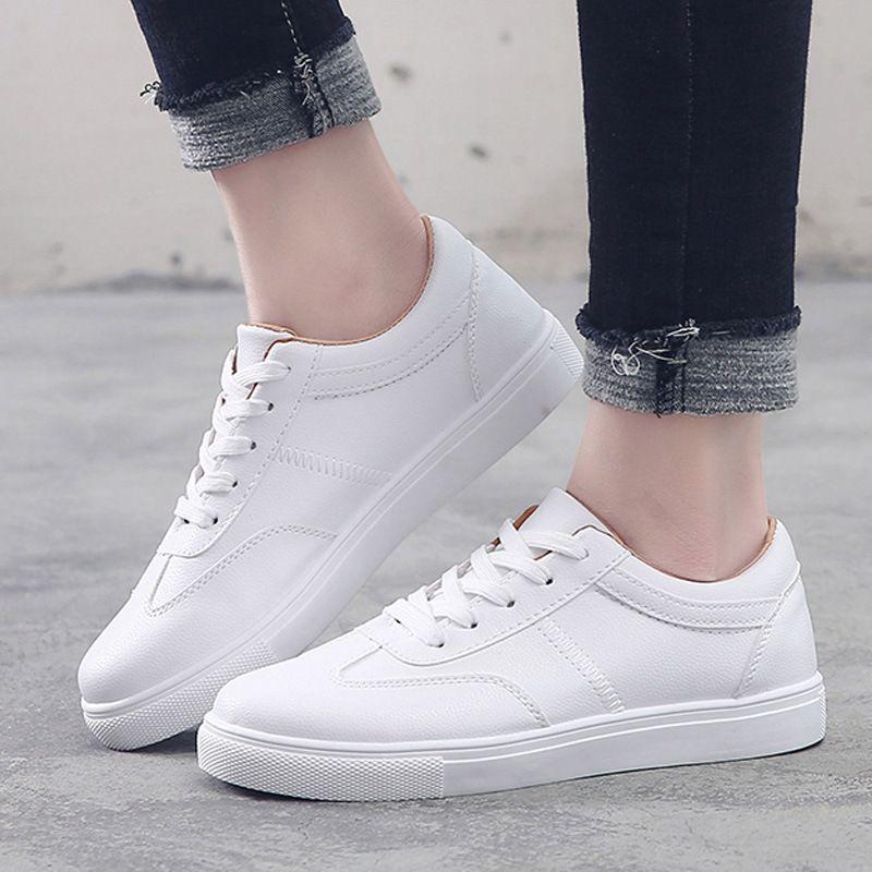 2018 cadono nuovo scarpe femminili versione coreana del basso suola piatta legare scarpe pezzi casuali di bianco degli studenti e delle ragazze giovani scarpe bianche