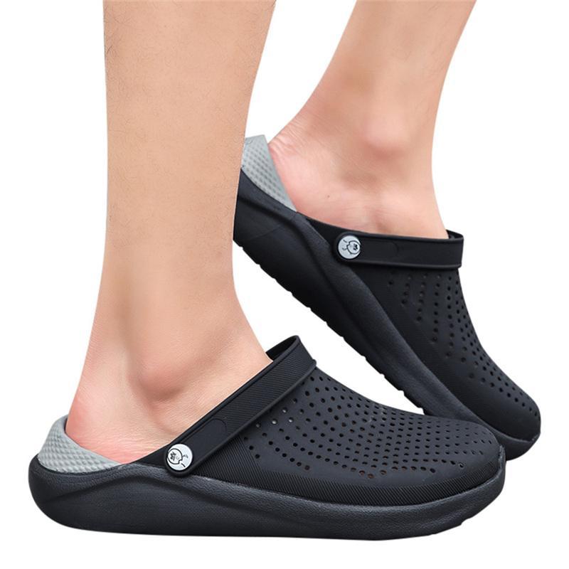 2020 Summer Nouveau Sandales pour hommes en plein air Hommes Pantoufles Désinvoltes marche respirante Beach Sports Sandales Trou Sandalias Hombre