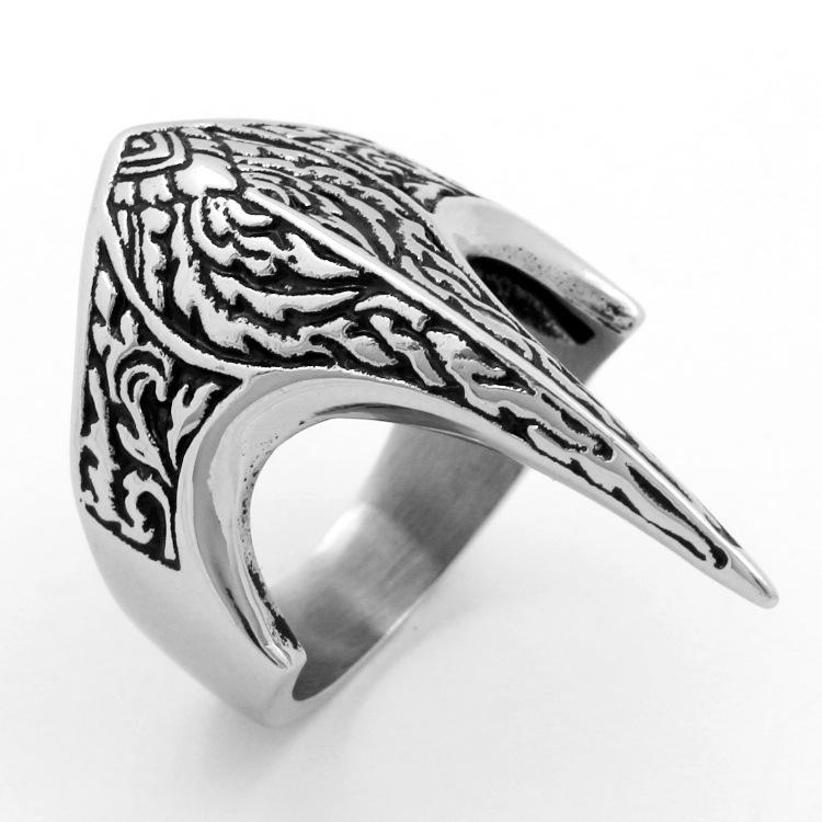 2020 Neue europäische und amerikanische alternative eagle titanium stahl ring cool retro männer punk ring geschnitzter adler ring qj259us größe