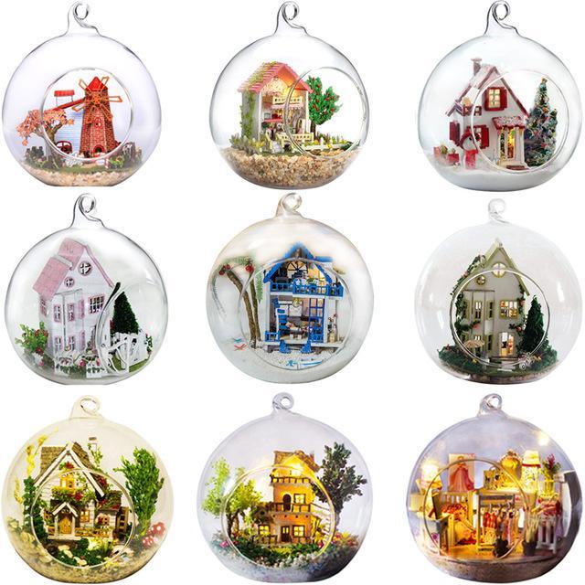 Promozione palla di vetro fai da te case di bambola in legno casa delle bambole in miniatura con funitures Mini Casa di costruzione di modello kit regalo Giocattoli Y200704