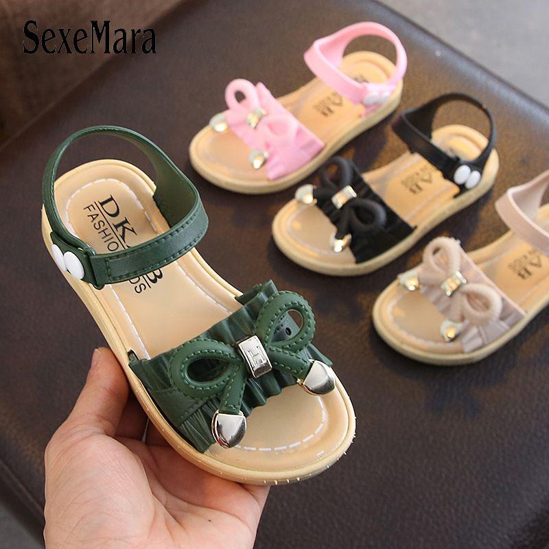 2019 Filles Sandales d'été Chaussures enfants glisse mignon Bowtie Big Girl Chaussures enfants princesse Jelly sandales petite fille sandales C04221 CX200629