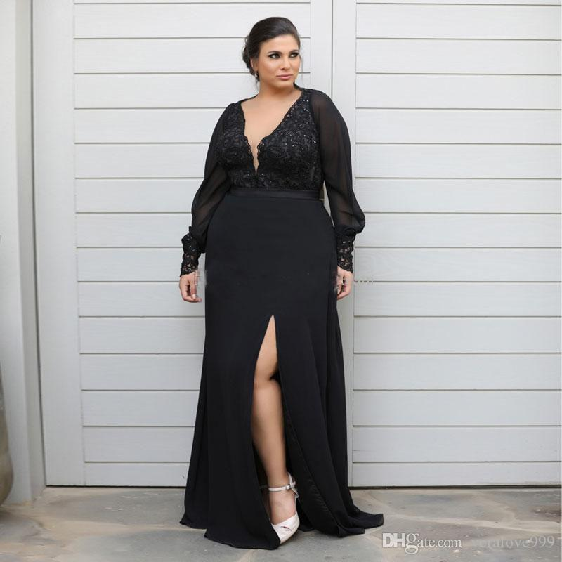 Chic Lace Plus Size Prom Abiti a maniche lunghe che immerge con scollo a V laterale Split abiti di sera di lunghezza del pavimento della Madre del vestito da sposa
