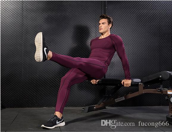 Der neue PRO Pro Body Fit-Trainingsanzug 04 für Männer ist schnell trocknende Kleidung für lange Ärmel + Hosen