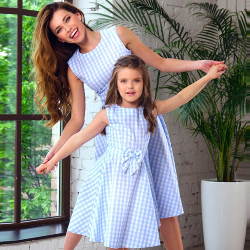 New Mother Daughter Dresses Bow Plaid Family Matching Outfits Blue O-neck Fashion Mom And Daughter Dress Women Kids Clothes J190514