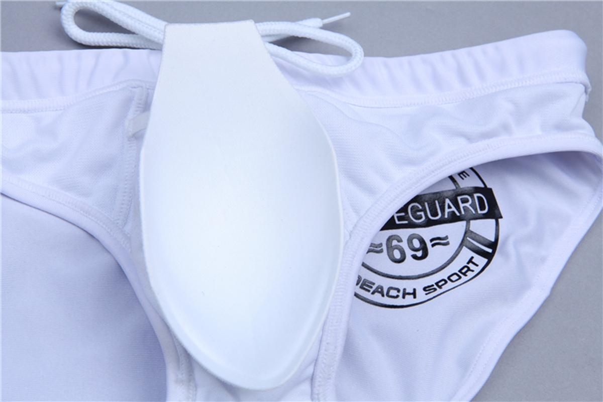 Más el tamaño de los hombres Breve traje de baño del cojín de empuje masculino atractivo traje de baño Bañador impermeable de la bolsa del bombeo Mejora empuja hacia arriba la taza