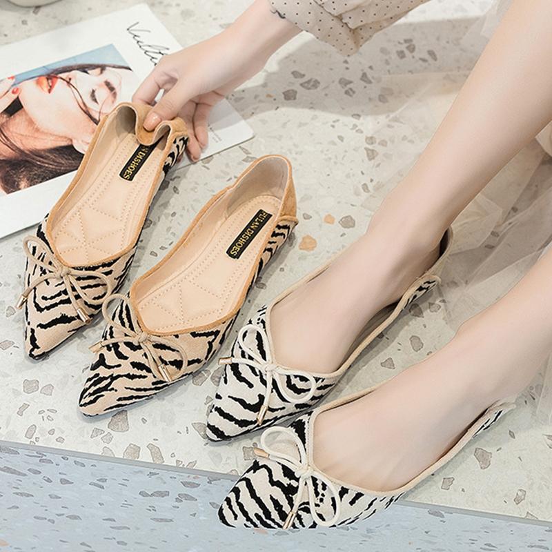 Sexy Zebra ballerines troupeau papillon noeud modèle femme mocassins femmes peu profondes chaussures confortables glissement bout pointu sur 2020 mocassins