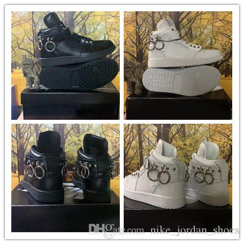 des Garçons X 1 COLLAB Jumpman Blanc Noir Hommes Femmes Designer Athlétique Sports Sneaker CDG x 1 Tirette Homme Chaussures De Basketball