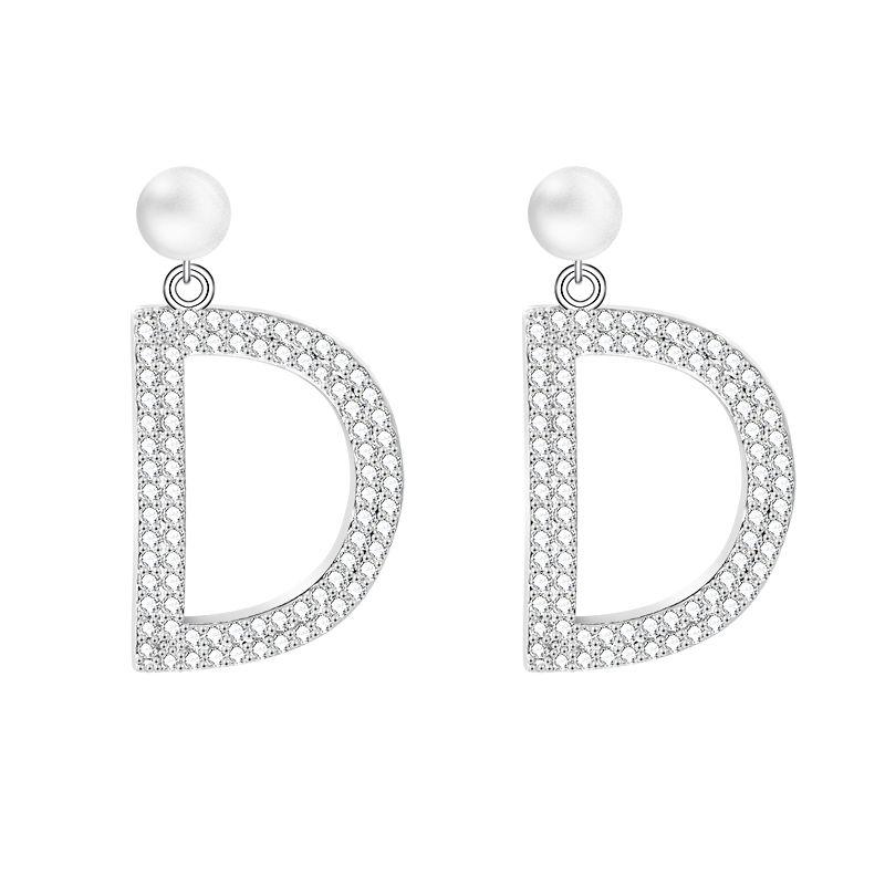 Temperament und Exquisite D Buchstaben und Kristall Ohrstecker für Frauen Hochwertige Kupfer Zirkon Schmuck Ohrringe Für Muttertagsgeschenk