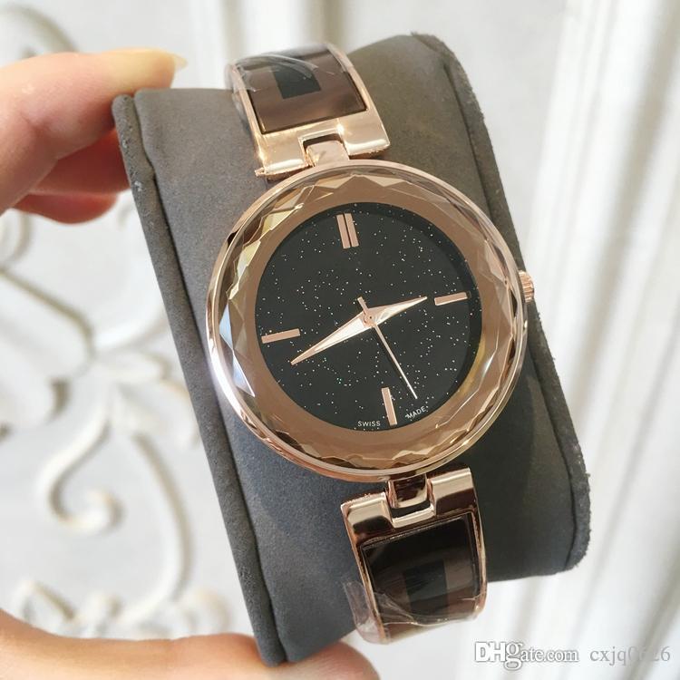 Günlük Yepyeni ultra ince Lüks Kadın eğlence spor kuvars saatler paslanmaz çelik Relogio moda elbise kuvars bayan wristw reloj