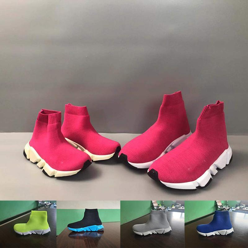 Designer 2020 crianças Sneakers Red Triple Preto Moda baby girl Plano respirável Sock Botas Casual Shoes Crianças sapatos instrutor Runners