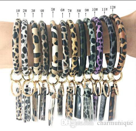 12 Farbe Leopard-Druck PU-Leder-Armband-Schlüsselanhänger Mode Kreis Quaste Armband Schlüsselanhänger Männer Frauen Personlized Sport Schlüsselanhänger