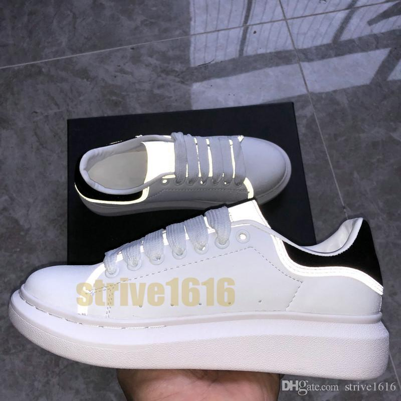 Plataforma designer de moda de luxo Shoes Mens Womens Reflective Balck branco de couro liso Sneaakers calçados casuais Velvet Chaussures Vintage