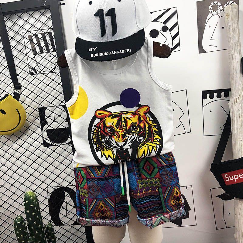 Tigre de dibujos animados de verano Conjuntos para niños Conjuntos de ropa para niños 2 piezas Trajes casuales para niños Chaleco de algodón + pantalones cortos Traje para niños ropa de diseñador para niños A4414