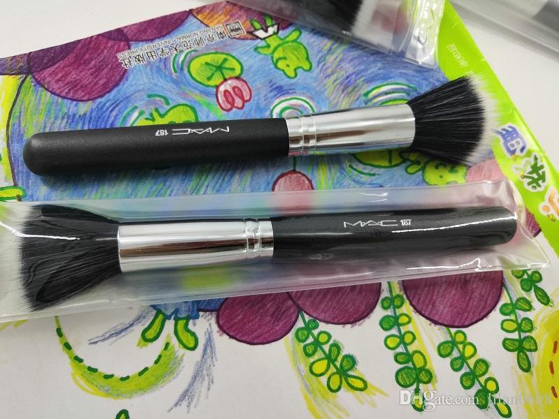 Nuovi strumenti calda blush trucco singolo pennello trucco sybthetic hairMakeup Spazzole testina Plastica e pennelli trucco manico del pennello di metallo