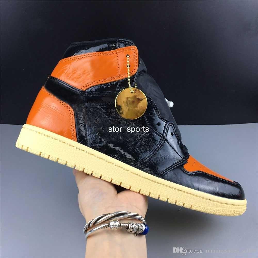 2019 Top Quality  jordan retro 1 1s Shattered Backboard 3.0 Chaussures De Basket-ball Hommes Noir Pâle Vanille-Starfish 555088-028 Sport Sneaker Taille 7-12