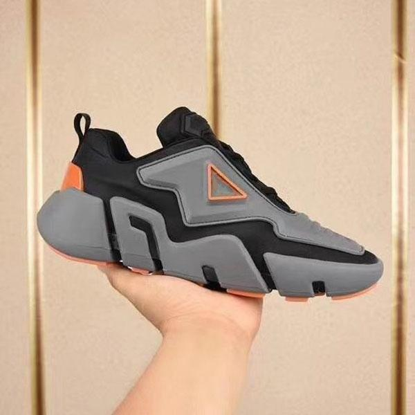 Prada 2020 NEUE Ankunfts-Männer Speed Trainer Mode Socken Schuhe schwarz weiß blau glitzern Flach Trainer Männer Runner Turnschuhe MK03