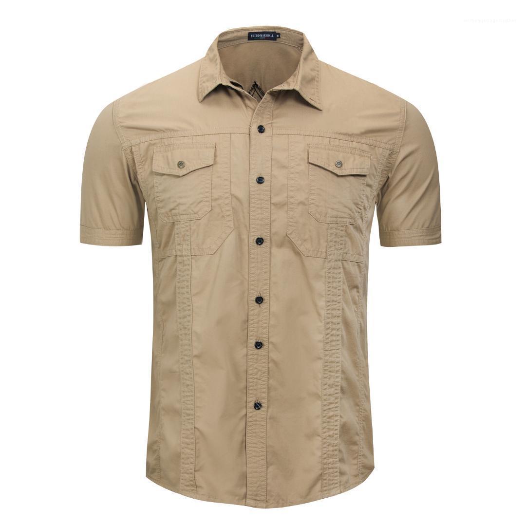Shirts Fest Farbe gedruckt Einreiher Tasche und Knöpfe Oberseiten-beiläufigen Militärstil Herren Kleidung im Freien Mens Designer