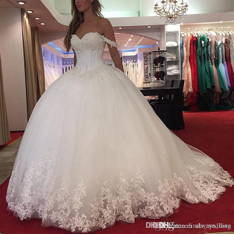 2019 Vintage Saudi Africa Long Lace Ball Gown Wedding Dress Cap Sleeves Middle East Dubai Style Bridal Gown Plus Size Custom Made