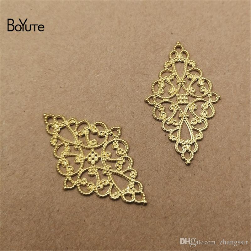BoYuTe (100 Pieces/Lot) Metal Brass Stamping 45*26MM Filigree Findings Flower Sheet Diy Handmade Jewelry Accessories Wholesale