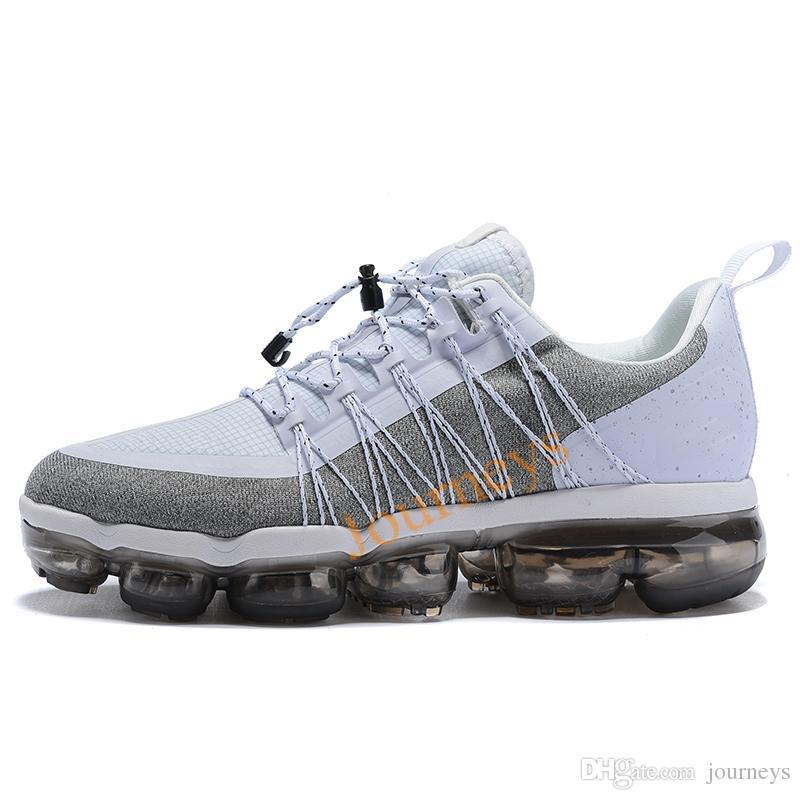 Großhandel 2019 Run Utility Men Laufschuhe Anthrazit Medium Olive Schwarz Reflektieren Silber Designer Sneakers Sportschuhe Trainer 40 45 Von