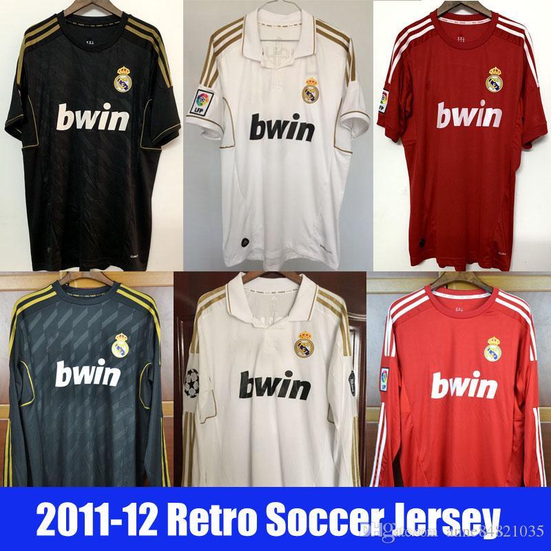 Acquista Real Madrid Retro 2011 2012 Home Away 3rd Calcio Maglie Di Calcio Bianco Nero Rosso Camicie Ronaldo Sergio Ramos Kroos Benzema Modric Marcelo ...