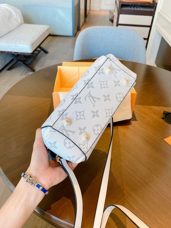 Designer Borse di pelle di pecora caviale oro argento catena di metallo borsa del progettista sacchetto di cuoio genuino Borse copertura di vibrazione diagonale spalla 40