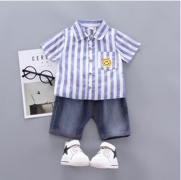 Designer été vêtements garçon nouveau à manches courtes pour enfants garçon costume sourire rayures verticales short en jean à manches courtes en deux parties