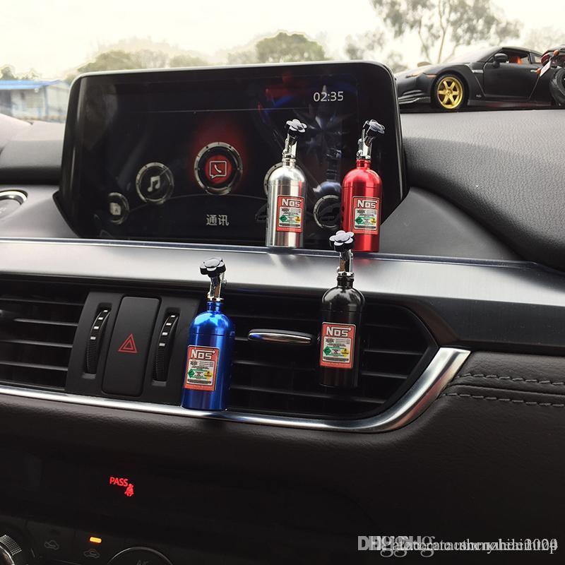 Auto festen Duftstoff-Schwamm Refill Lufterfrischer Outlet NOS Parfüm Clip Auto Aromatherapie Dispel eigenartiger Geruch Stickstoffflasche