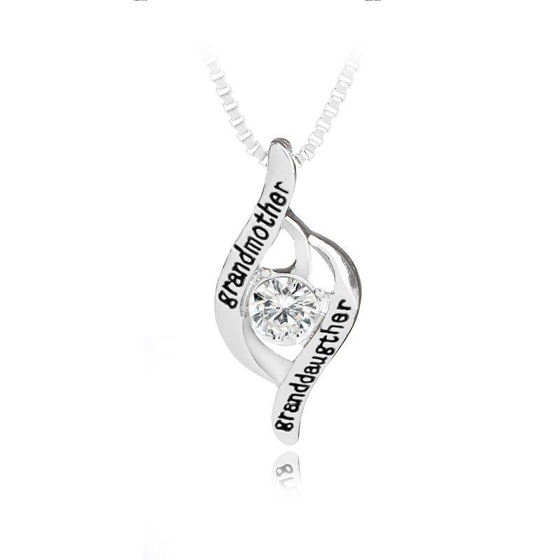 """신입생 어머니의 날 쥬얼리 선물 새겨진 문자 """"grandmothergranddaughter Love Mom Pendant Necklace 무료 배송"""