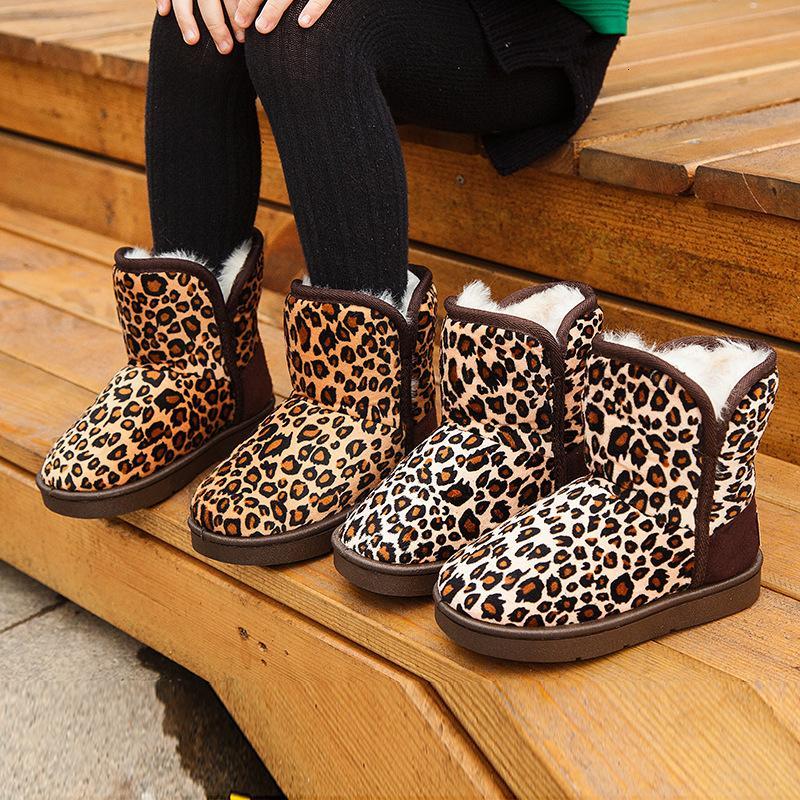 Зима Детские снег Детские ботинки мальчиков и девочек Leopard печати моды сапоги Большие Дети плюс хлопок Повседневная обувь