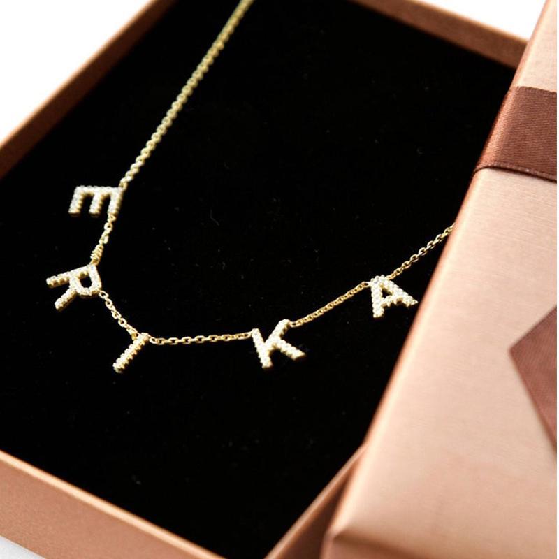 Lateefah Cristal Pingente Colar de nome personalizado Pendant Personalizar Zircon Carta Colar Para Mulheres jóias de Dropshipping