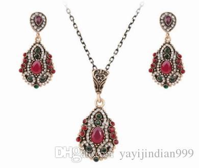 nobile basso prezzo di alta qualità sposa gioielli da sposa diamante collana di cristallo orecchini set 13.8tytt
