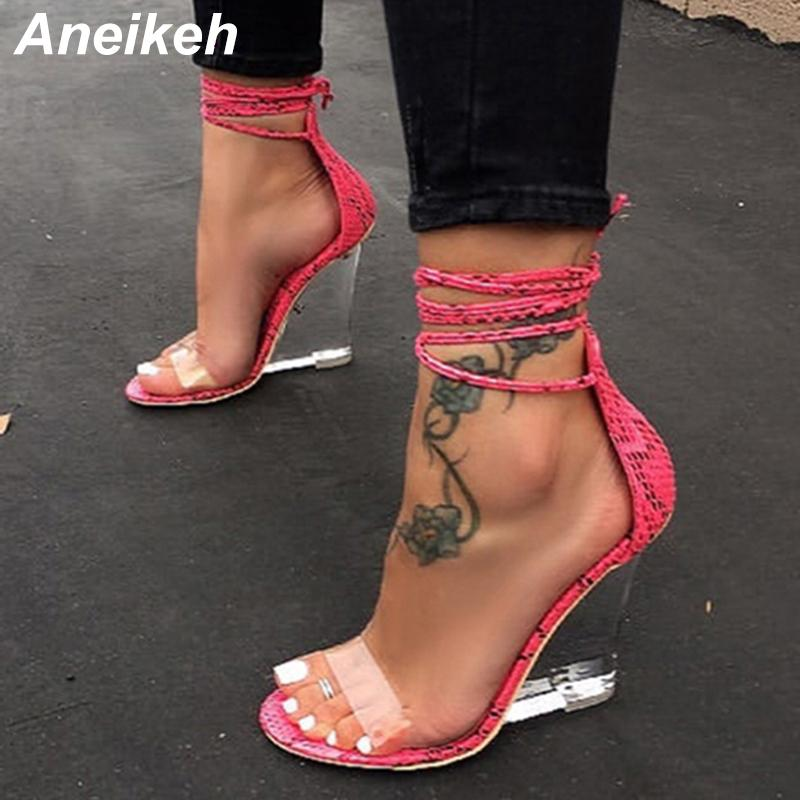Aneikeh 2020 Fashion Frauen Schuhe Peep Toe PVC Transparent Heel Keil-Absatz-Sandelholz-Summes-Kreuz-Bügel Lace-Up Pumps