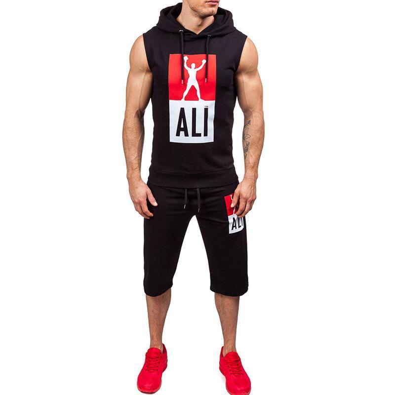 2020 neue Ankunfts-Mann-Sommer-Training verfügbar kurze Ärmel Tops + Pants-Rundhalsausschnitt Fashion Casual Men Größe S bis 2XL 4 Color Set