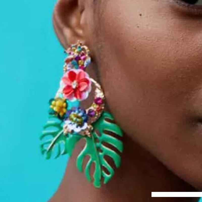 Yıldız Kişilik Alaşım Yaprak Çiçek Küpe Sosyal Lady Van kolye Toptan Takı