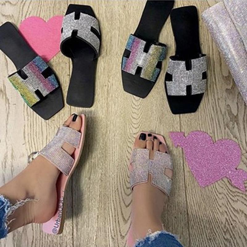 las sandalias planas de los zapatos del deslizador de las mujeres del Rhinestone colorido Fenty masculina zapatillas de diseño interior de la casa tirón de la playa al por mayor de los fracasos
