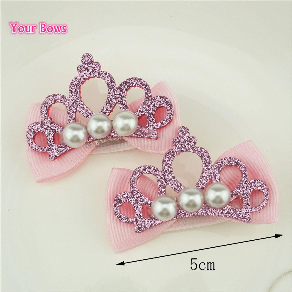 Ihre Bögen 2Pcs glänzende Leder Kronen-Perlen-Haarnadeln Stilvolle Spangen Band beugt Haarclips