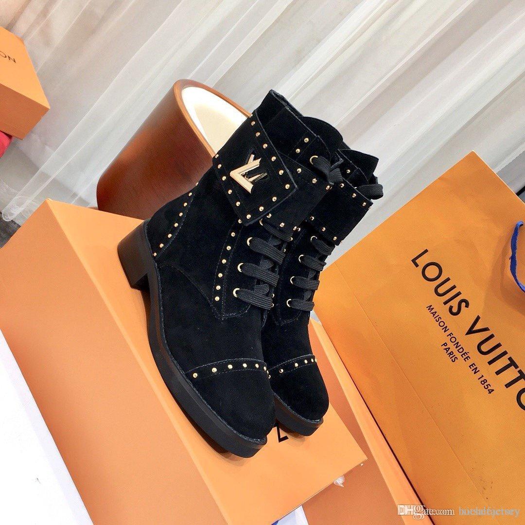 Мода обувь Mid-теленок кожа мотоцикла сапоги женщин Лауреатом платформы Desert Загрузочный повелительница Top Luxury обувь Размер 35-41
