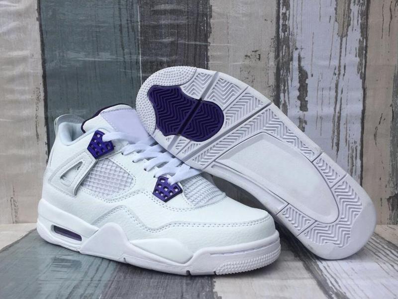 Новый 4 Суд Фиолетовый Белый 2020 Мужская баскетбольная обувь 4S Фиолетовый Оранжевый Metallic Мужчины Тренеры Jumpman Дизайнер Кроссовки дез Chaussures Размер 13